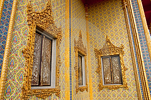 Traditional Thai Style Buddhist Church Windows Stock Images - Image: 9852204