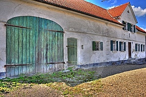 Alter Bauernhof HDR Royalty Free Stock Images - Image: 9853979