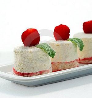 航空饼干凝结草莓柔软 免版税库存图片 - 图片: 9935729