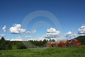 Red Barn Stock Photos - Image: 9939343