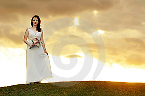 Sun Set Bride Royalty Free Stock Photography - Image: 9951347