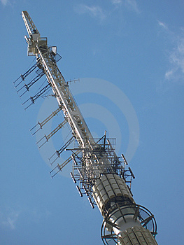 Top Of Telecommunications Tower Royalty Free Stock Images - Image: 9954419