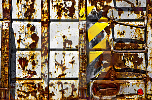 Rusted Trash Bin Royalty Free Stock Images - Image: 9954869