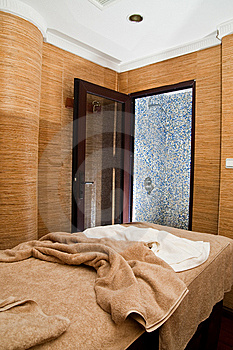 Massage Treatment Room Royalty Free Stock Photography - Image: 9968157