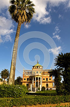Chinese Building Royalty Free Stock Photo - Image: 9981265