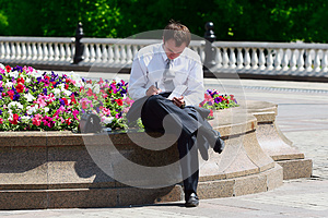 Businessman Working Outdoor Royalty Free Stock Photos - Image: 9996988